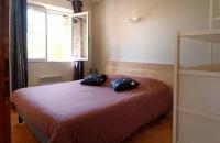 Chambre avec un lit de160 du gite le petit Costebelle