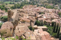 Moustiers Sainte Marie plus beau village de France