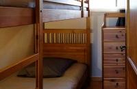 Chambre avec 2 lits superposés du gite le petit Costebelle