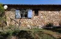 Gite en pierre le petit Costebelle en Provence